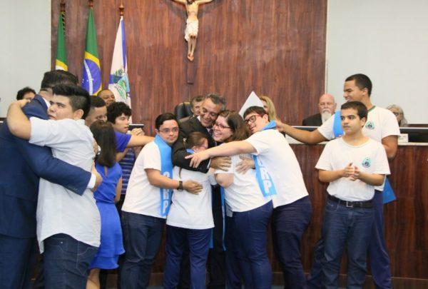 Câmara realiza sessão solene alusiva ao Dia Mundial de Conscientização do Autismo