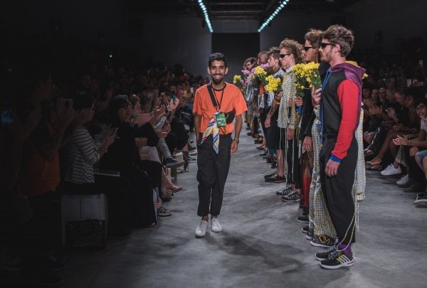 Tropical e urbano se misturam em nova coleção de David Lee que será desfilada no DFB Festival 2019