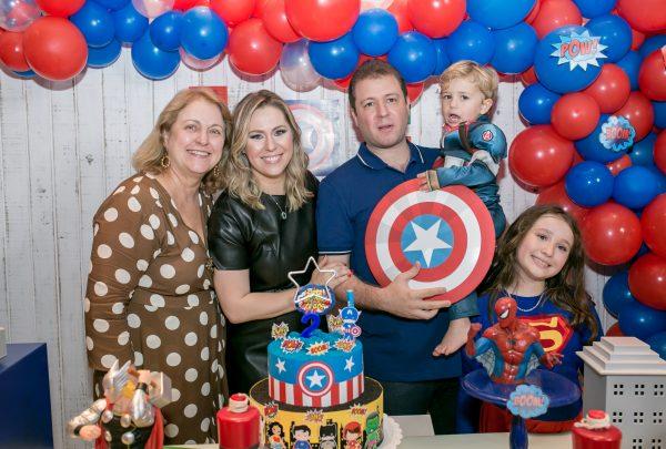 Nanette Castelo Branco e Leonardo Pimentel celebram aniversário de 2 anos de Antônio Carlos Neto