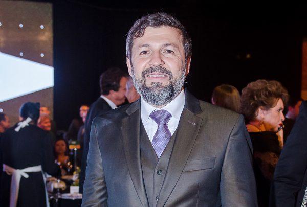 Élcio Batista entre as atrações da Ceará Fashion Trade