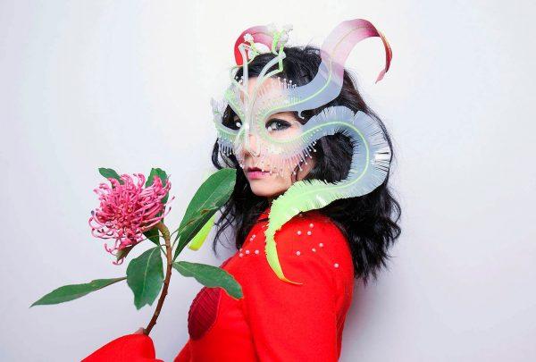 """Exposição """"Björk Digital"""", da cantora islandesa, chega à São Paulo em junho; saiba detalhes"""