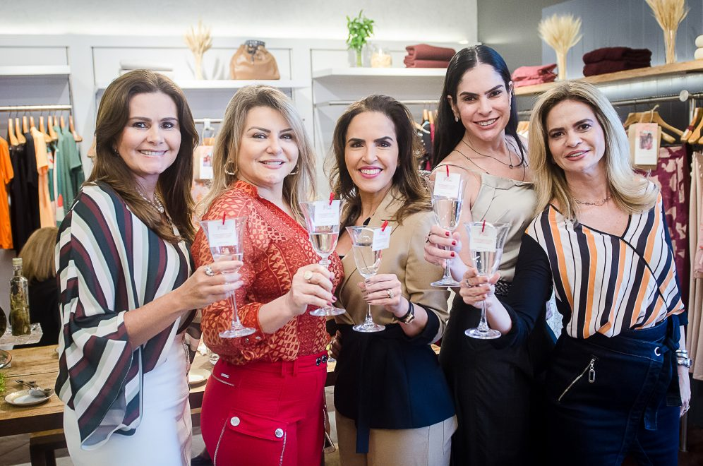 Clientes são surpreendidas na loja Bobstore com almoço VIP de Dia das Mães; confira