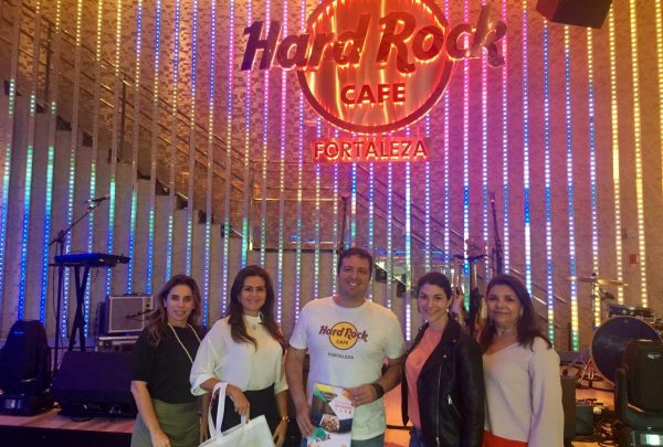 Executivos do Hard Rock Cafe Fortaleza e do Convention & Visitors Bureau Ceará discutem parceria para estimular turismo cearense