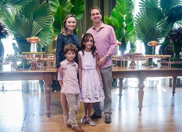 Celina Frota celebra nova idade com festança memorável no Coco Bambu por Toca