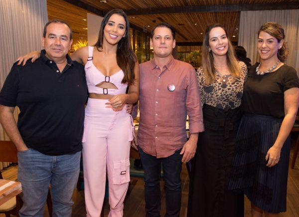 Camarada Camarão inaugura primeiro restaurante da rede em Fortaleza