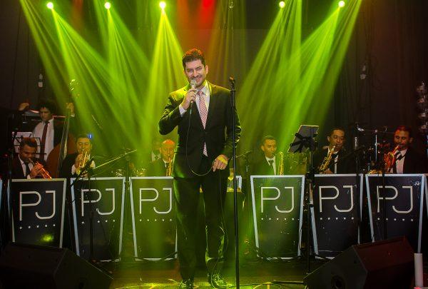 Paulo Benevides comemora nova fase na carreira e promove show beneficente em julho