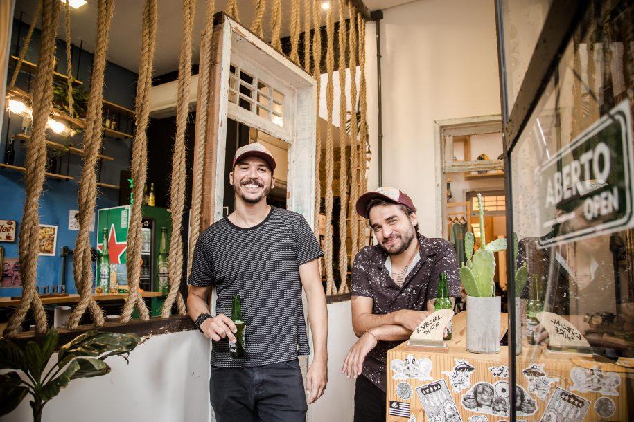 Rima Rica: mix de loja, galeria de arte e bar é sinônimo de aconchego