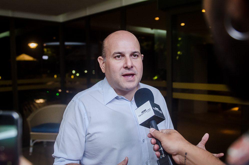 Roberto Cláudio cria Alvará Social para entidades do terceiro setor, micro e pequenas empresas; entenda