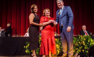 Maria Vital assume governo de distrito regional do Rotary