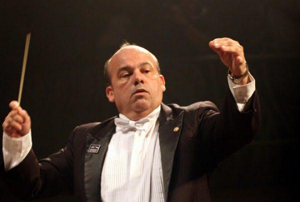 Maestro Gladson Carvalho é atração musical do Shopping Benfica em junho