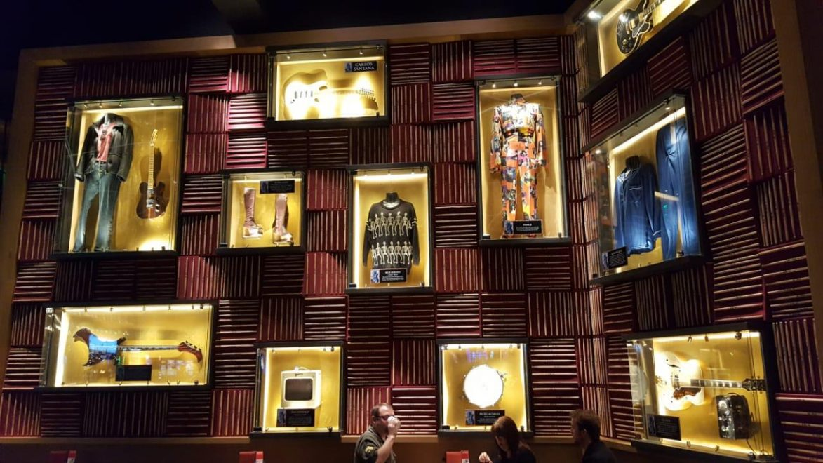 Hard Rock Hotel Fortaleza terá memorabilia de artistas do pop rock internacional
