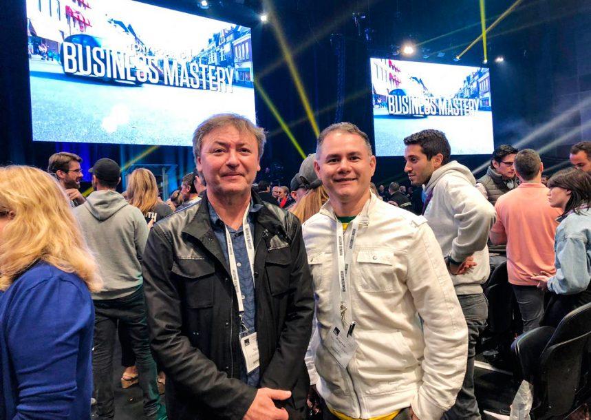 Maurício Filizola, presidente da Fecomércio-CE, compartilha sua experiência no Business Mastery II, programa do coach Tony Robbins