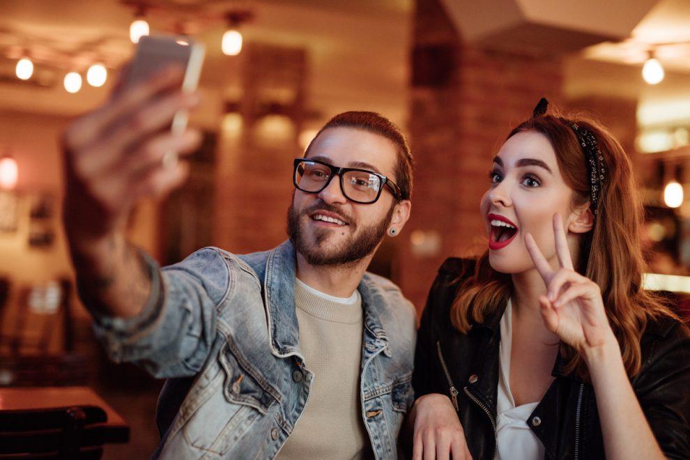 Shopping Benfica promove jantar romântico, sorteio de iPhones e muitas promoções para o Dia dos Namorados