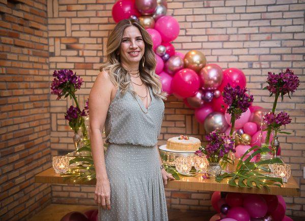 Karmilse Marinho comemora mais um ano de vida no Limone Restaurante