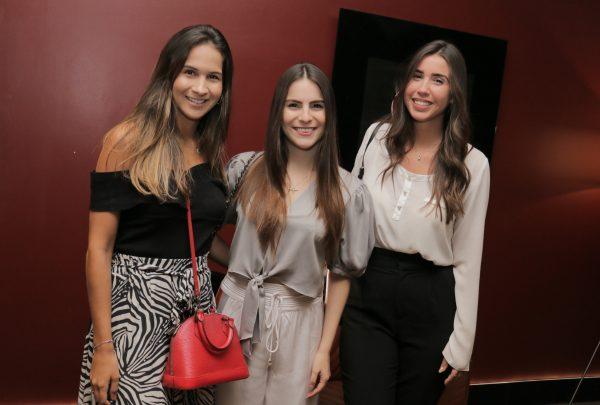 """Márcia Travessoni promove sessão exclusiva do filme """"O Rei Leão"""" para convidados"""