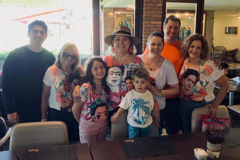 Marize Castelo Branco comemora vida com viagem em família
