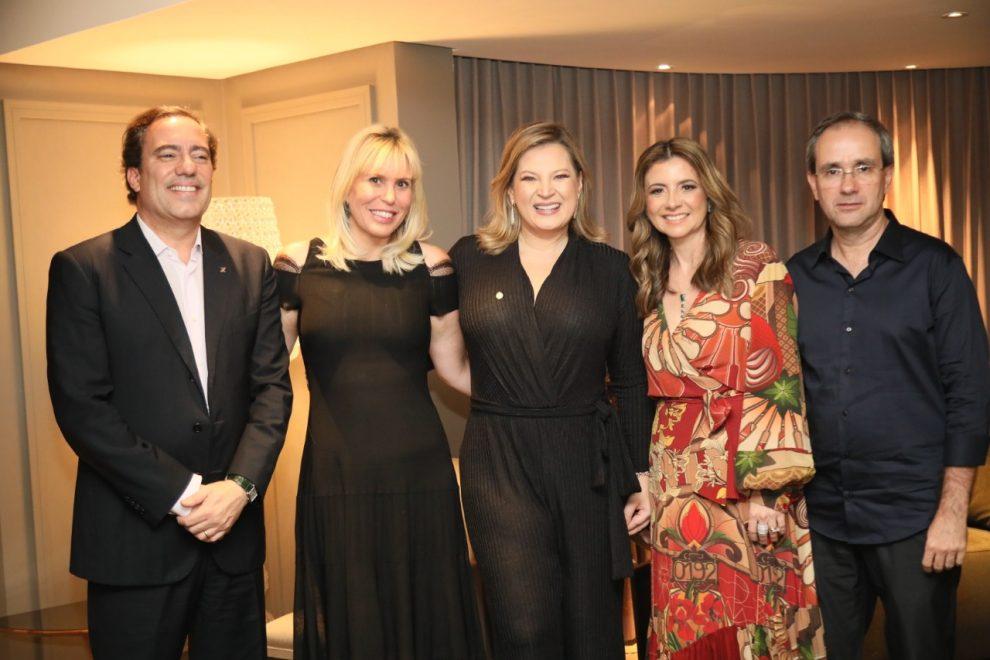 Emilia Buarque, em parceria com comitê do LIDE, promove jantar para Joice Hasselmann