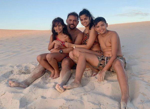 Xand Avião curte férias com a família em Jeri; confira viagens de outros cearenses pelo mundo