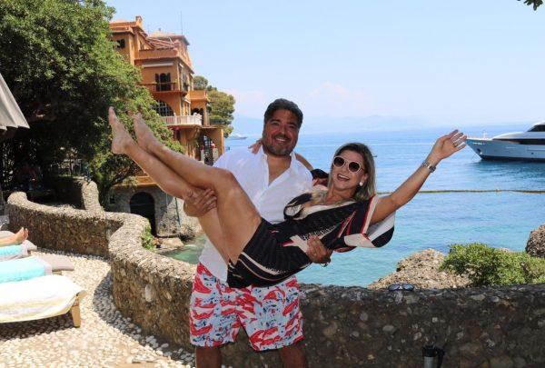 Leandro Vasques e esposa curtem férias de julho na Itália