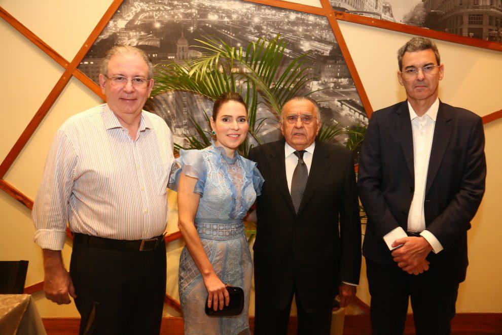 João Carlos Paes Mendonça recebe homenagem do governo português