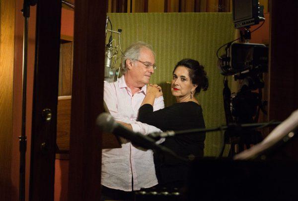 Francis e Olívia Hime fazem show no Cineteatro São Luiz em setembro
