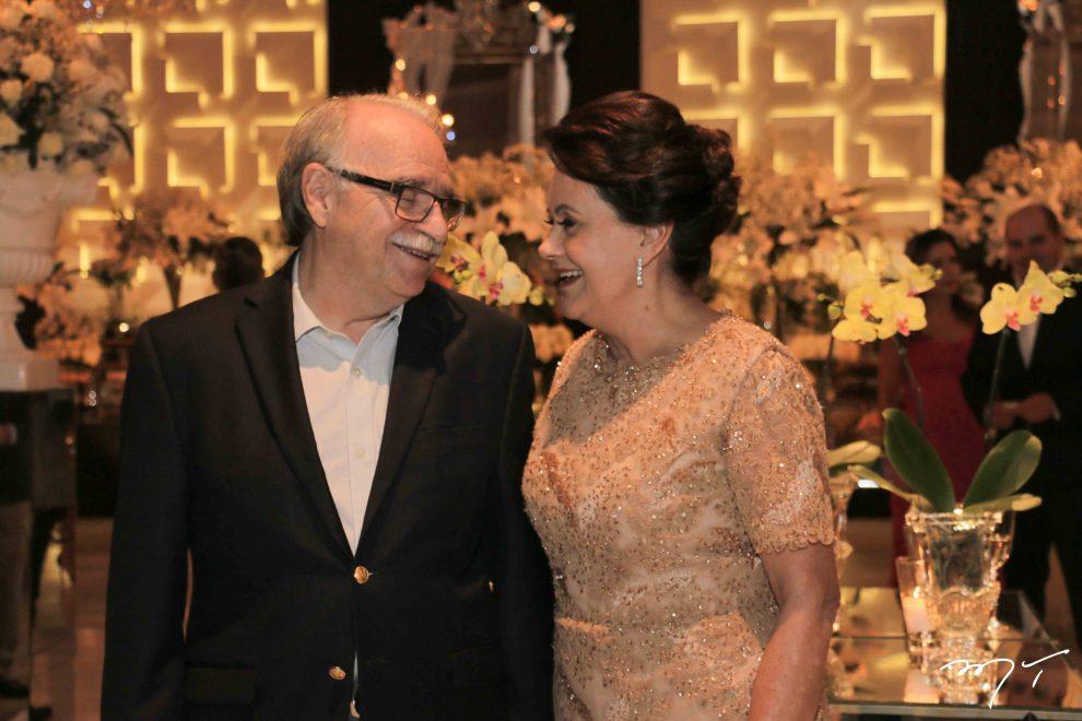 Leninha e Ednilton Soárez celebram 50 anos de casados no Lulla's Plazzá