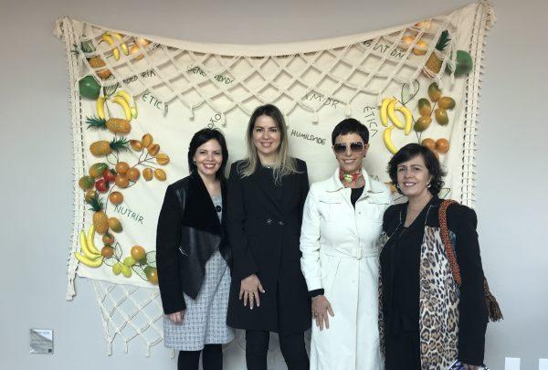 Redes produzidas por artesãos cearenses são expostas na Design Weekend, com a presença de Onélia Santana
