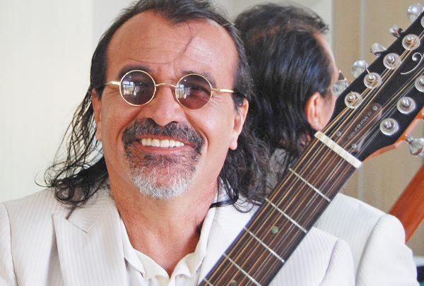 Pingo de Fortaleza faz show no Teatro Municipal São José