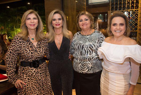 Encontro das Veritas celebra aniversariantes do trimestre no Santa Grelha