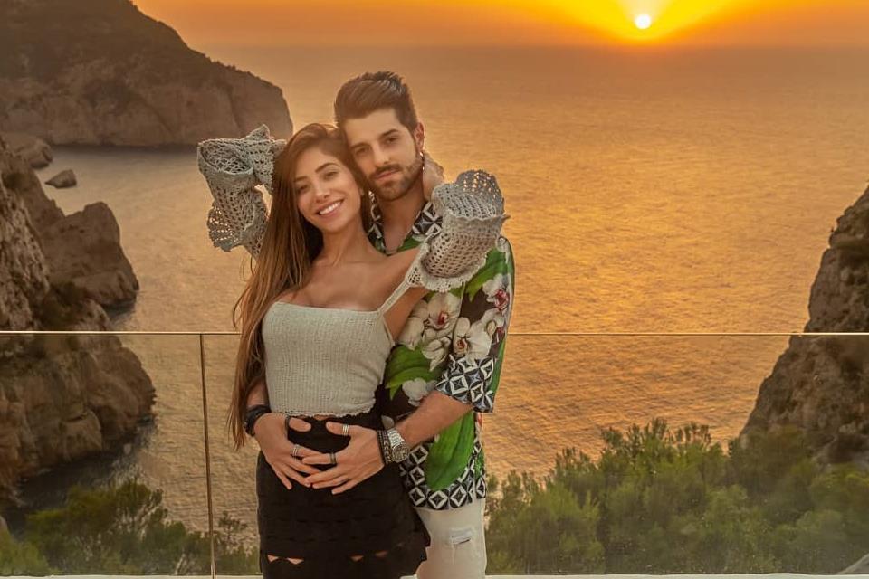 DJ Alok e Romana Novais revelam sexo de bebê; saiba mais