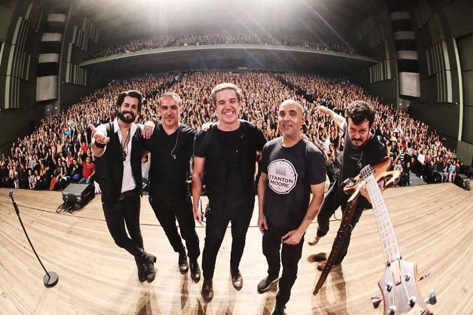 Jota Quest faz último show da turnê em Fortaleza