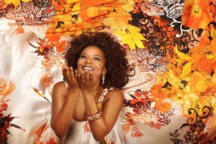 Margareth Menezes faz show acústico no Cineteatro São Luiz em setembro