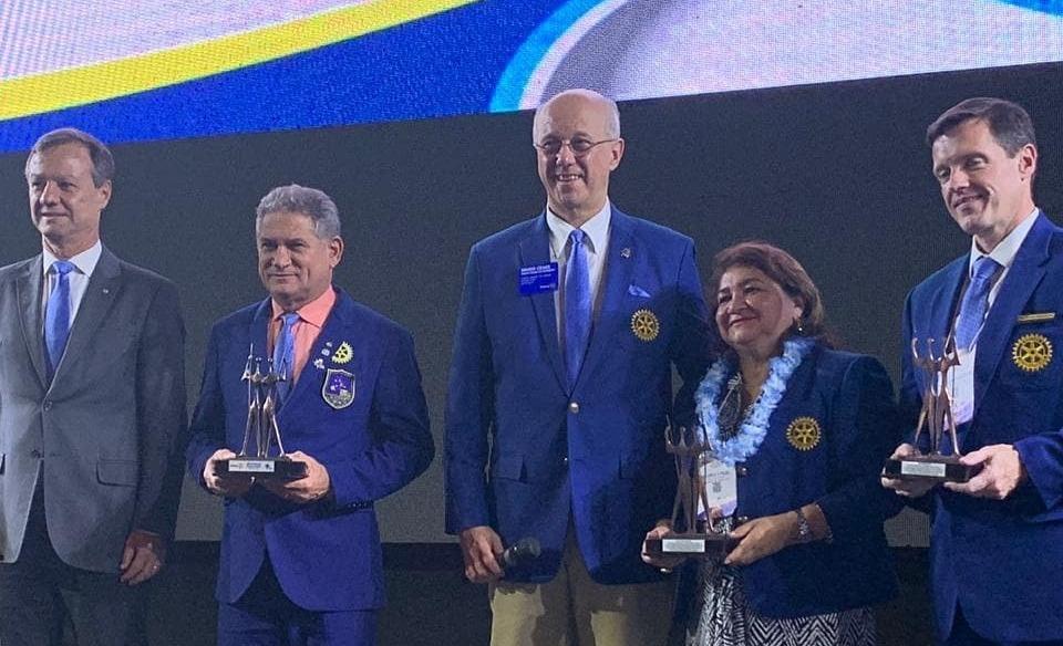 Em Brasília, Distrito 4490 recebe prêmio de segunda maior comitiva no Instituto Rotary Brasil
