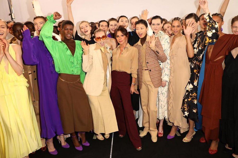 Victoria Beckham apresenta coleção Verão 2020 durante Semana de Moda de Londres