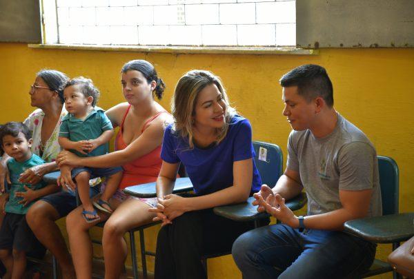 Primeira-dama do Estado visita comunidade atendida pelo Mais Nutrição