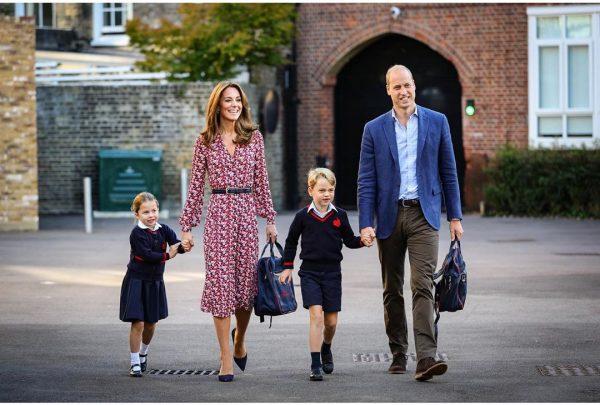 Fofura: Palácio de Kensington divulga fotos do primeiro dia de aula da princesa Charlotte