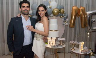 Mariana Vasconcelos e Eliseu Becco trocam alianças e celebram mais um ano de vida