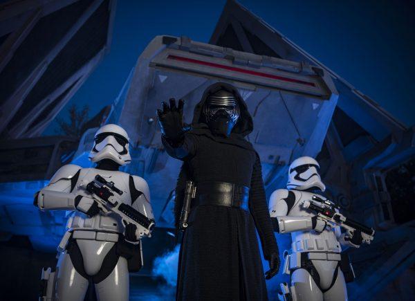 Conheça o Galaxy's Edge, novo espaço temático de Star Wars no Parque da Disney em Orlando