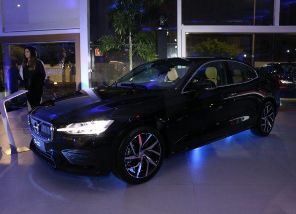 Novo Volvo S60 é apresentado durante coquetel na GNC Suécia
