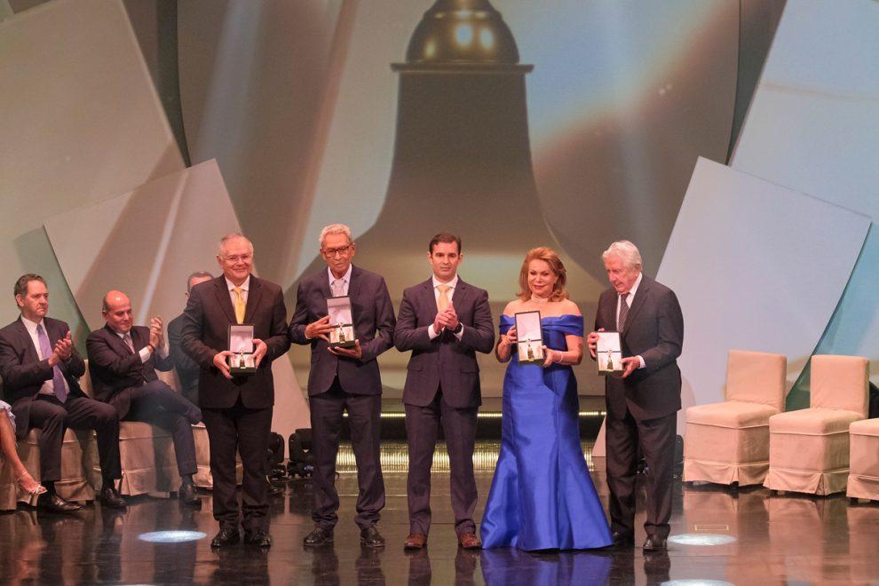 Cerimônia grandiosa do Troféu Sereia de Ouro 2019 consagra talentos cearenses