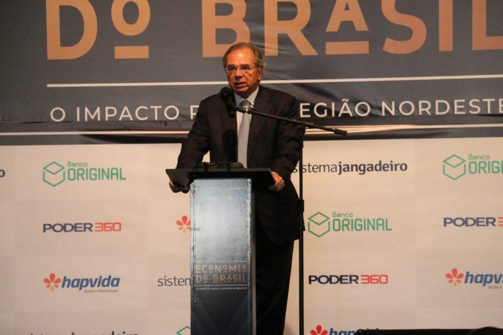 Ministro Paulo Guedes participa de evento para convidados em Fortaleza