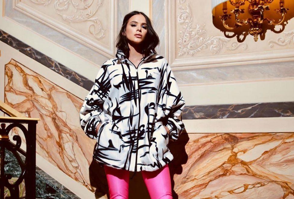 Bruna Marquezine e Sabrina Sato marcam presença na Semana de Moda de Milão