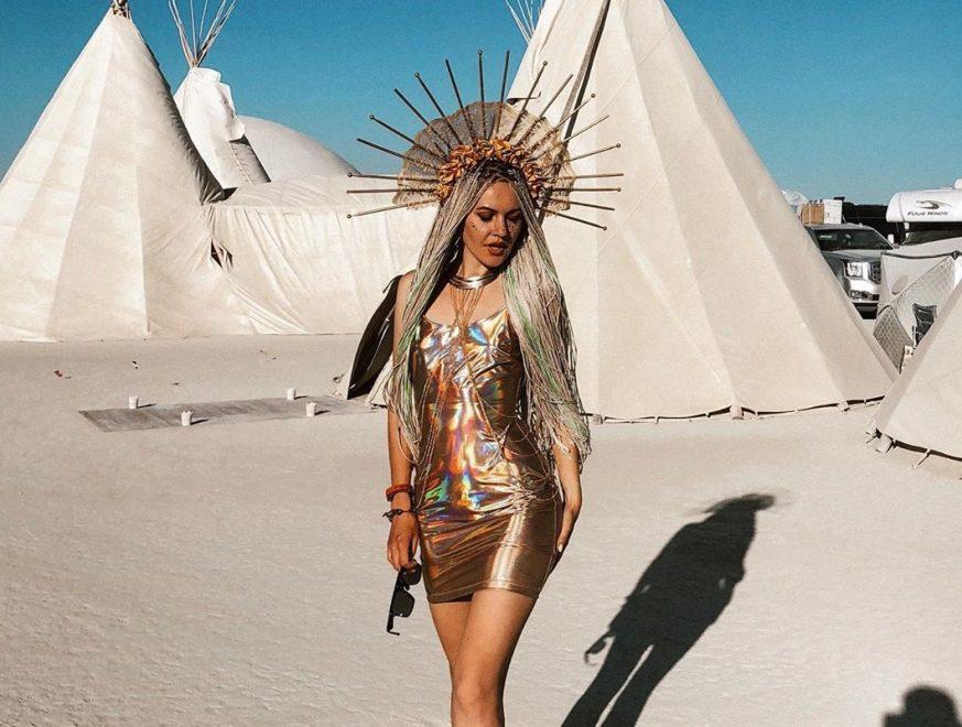 Confira os looks excêntricos do Festival Burning Man 2019