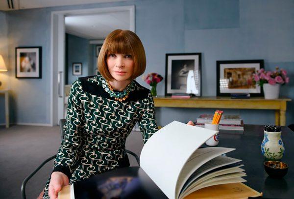 """Anna Wintour ensina """"como ser um chefe"""" em novo curso do MasterClass"""