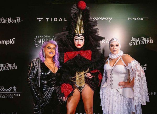Famosos capricham na fantasia para o 1º Baile de Halloween da Sephora