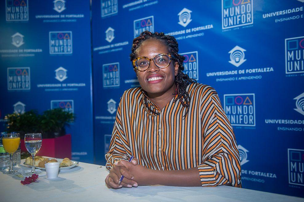 """""""Entender as bases do racismo é fundamental"""", diz Djamila Ribeiro na abertura do Mundo Unifor"""