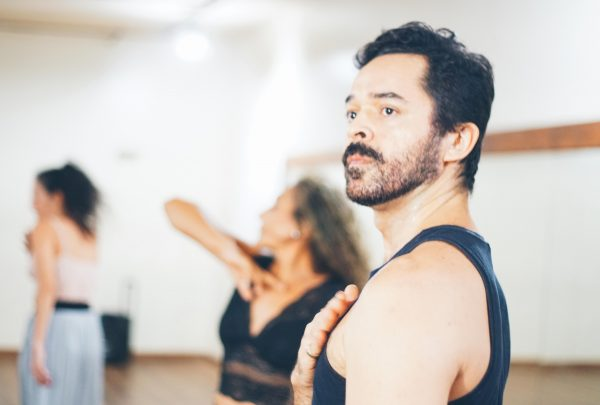 Bailarinos Fauller e Marcelo Hortêncio falam sobre participação na Bienal Internacional de Dança do Ceará