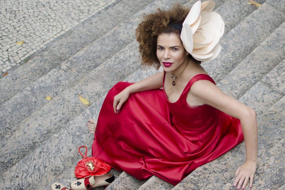 Vanessa da Mata fará show gratuito na Praia de Iracema