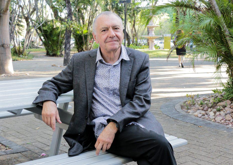 """""""Existe um mercado da felicidade"""", diz filósofo Gilles Lipovetsky, principal atração do Mundo Unifor 2019"""