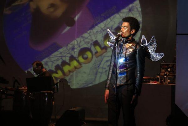 Ícaro Silva apresenta espetáculo musical em Fortaleza